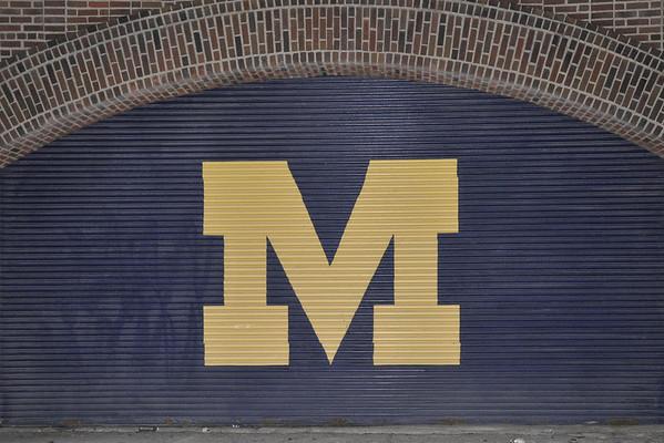 Michigan vs Western Michigan 2011