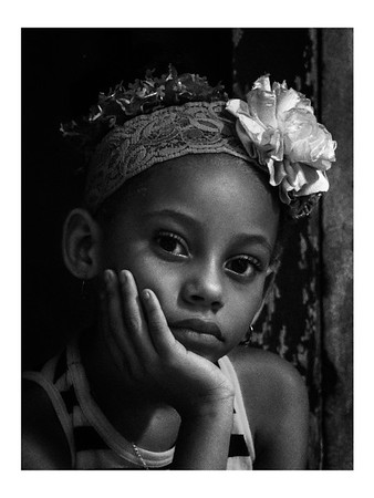 Cubans of all ages: B/W candid portraits
