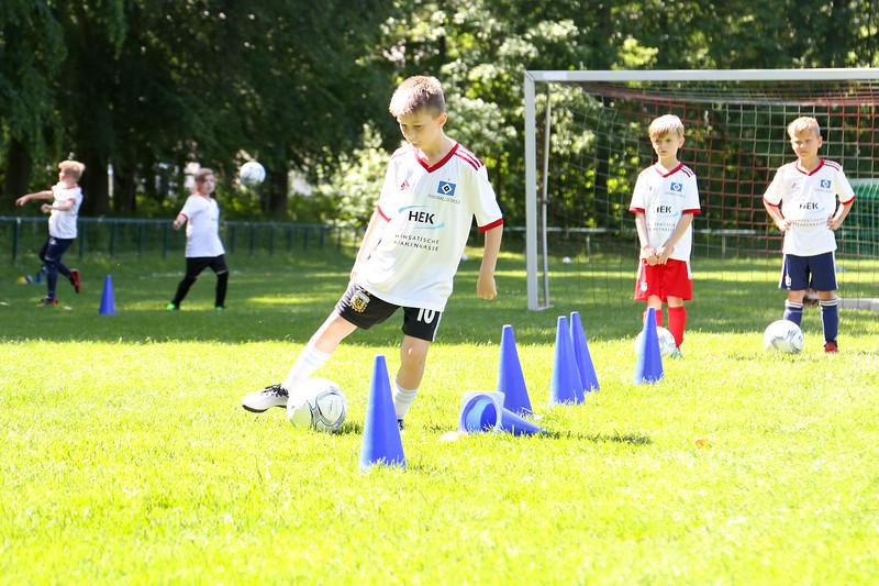 hsv_fussballschule-453_48047997798_o.jpg