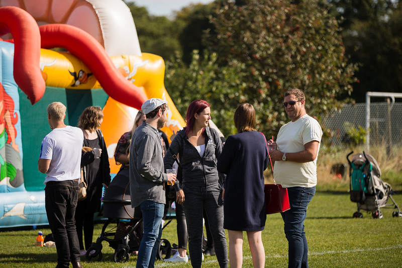 bensavellphotography_lloyds_clinical_homecare_family_fun_day_event_photography (86 of 405).jpg
