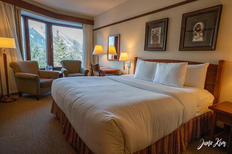 Alyeska Resort room