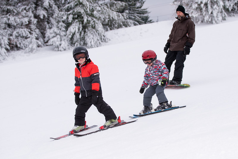 Opening-Day_1-3-16_Snow-Trails-8115.jpg
