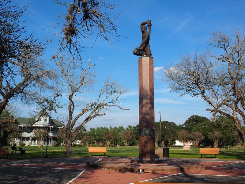King and His Men Memorial in Refugio