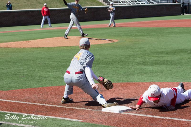 20190323 BI Baseball vs. St. John's 514.jpg