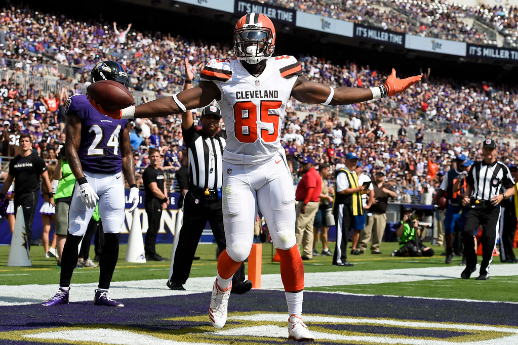 . Cleveland Browns tight end David Njoku (85) celebrates his touchdown during the first half of an NFL football game against the Baltimore Ravens in Baltimore, Sunday, Sept. 17, 2017. (AP Photo/Gail Burton)