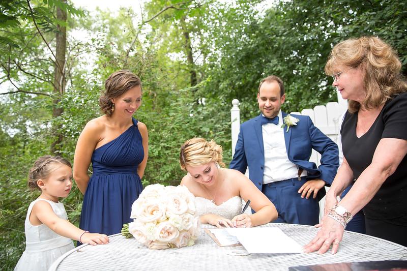 Garrett & Lisa Wedding (530).jpg