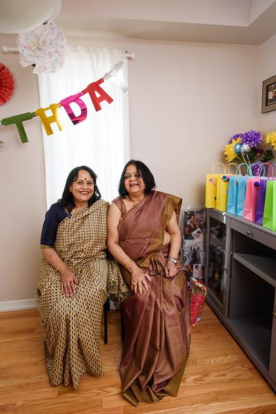 Roshin & Vinash Birthday Cakesmash-16.jpg