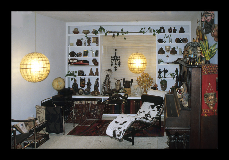 9. Living Area with built-in shelving – 2001.jpg
