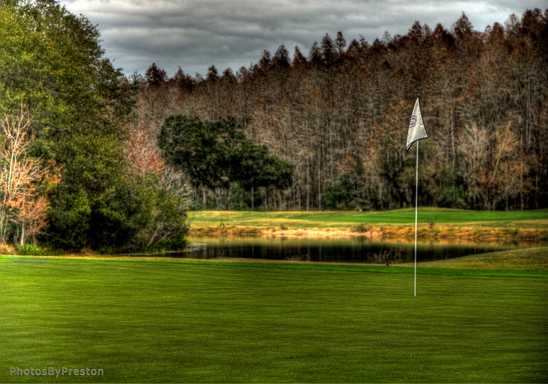 The Road To The 18th Green @Cheval