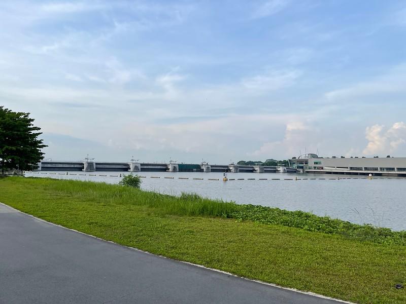 Marina Bridge for the Marina Barrage