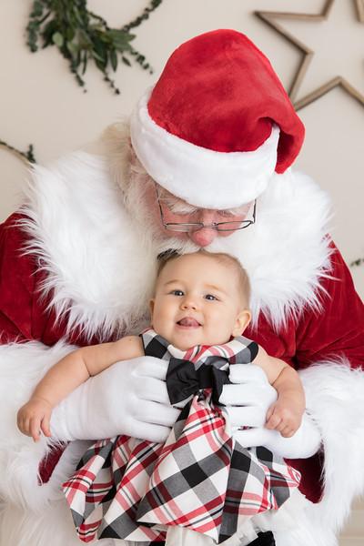 Santa 2017 HIGH Res 370A1098-Edit.jpg