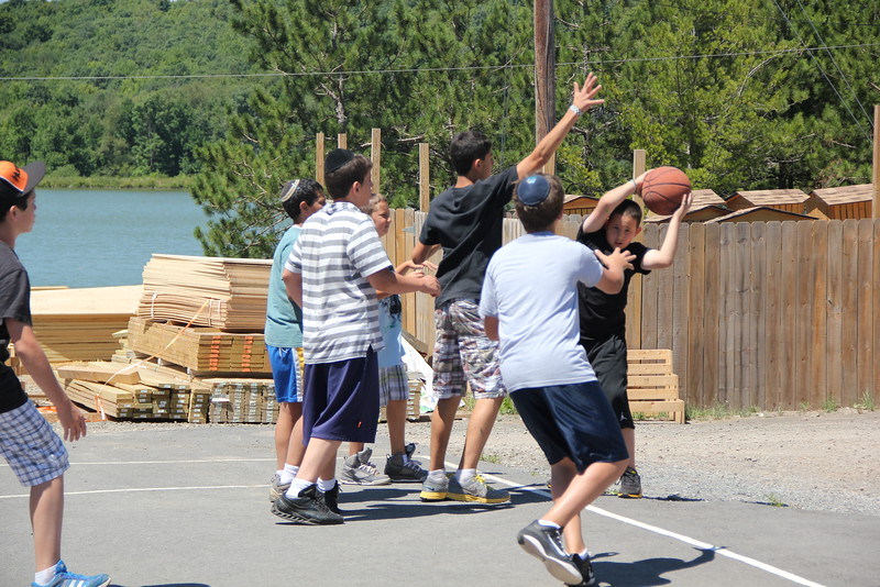 kars4kids_thezone_camp_boys_basketball (43).JPG