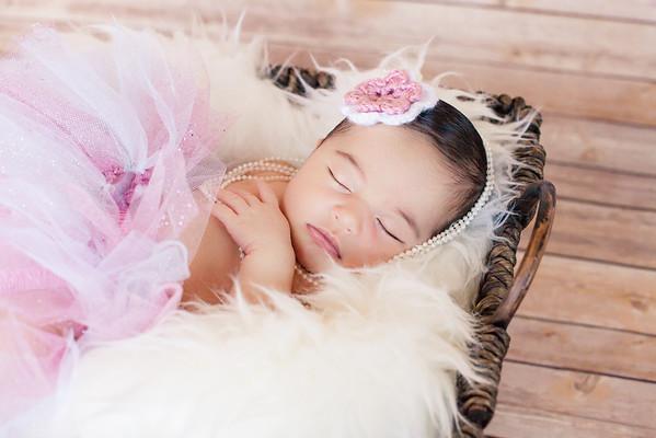 Newborns/Babies/Maternity