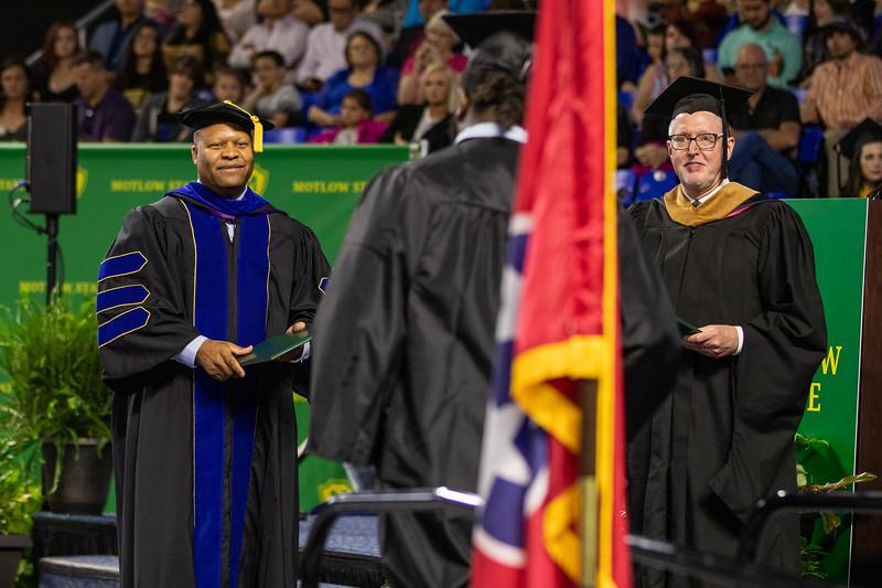Graduation 2019-9687.jpg