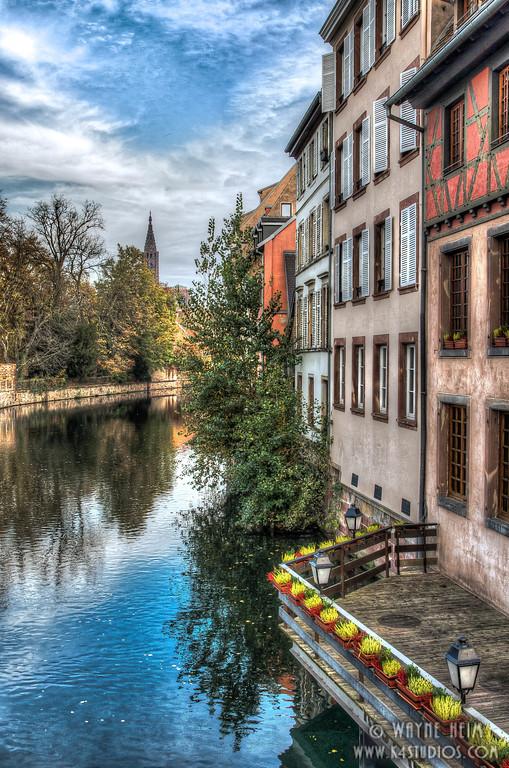 Canal Balcony - Photography by Wayne Heim