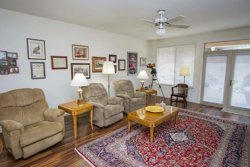 livingroom wide.jpg