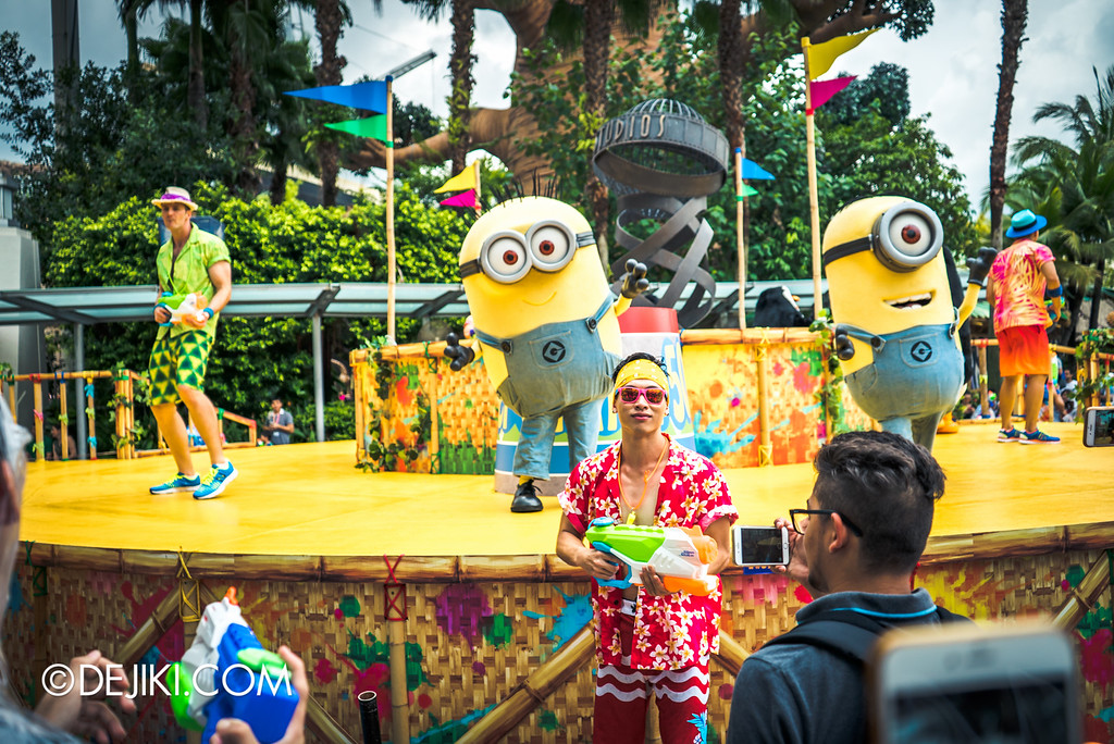 Universal Studios Singapore - Park Update May 2016 / Universal Studios Singapore Soak Out - Minions