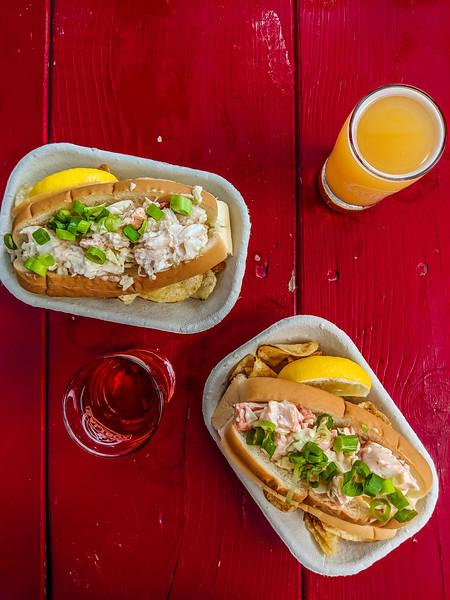 saltbox brewery lobster roll-2.jpg