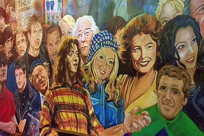 Belfast -Wall and commemorative Art