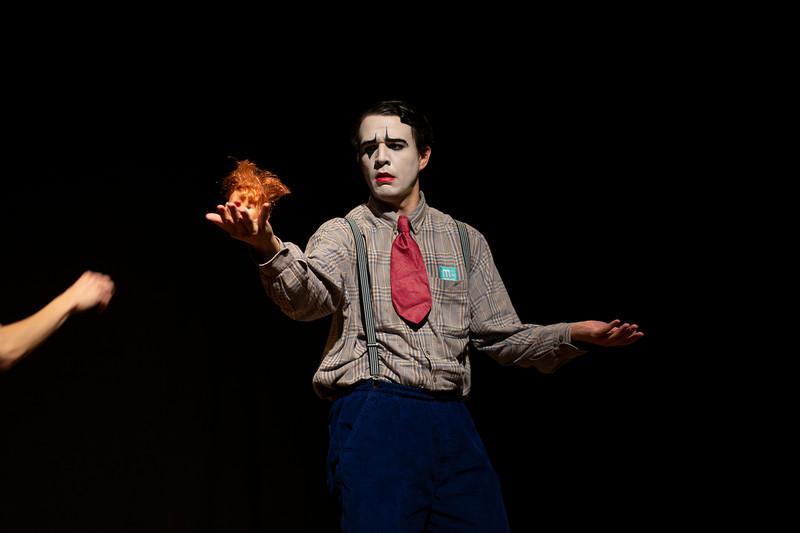 Allan Bravos - essenCIA Teatro - Persona 07-395.jpg