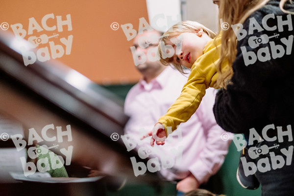 © Bach to Baby 2019_Alejandro Tamagno_Chiswick_2019-12-06 020.jpg