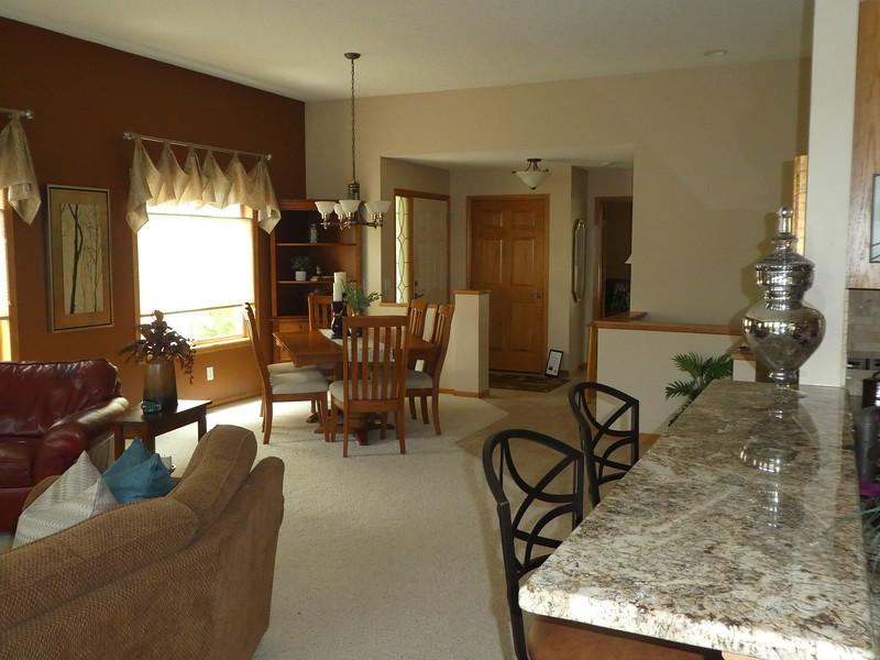 Living area - looking toward front door