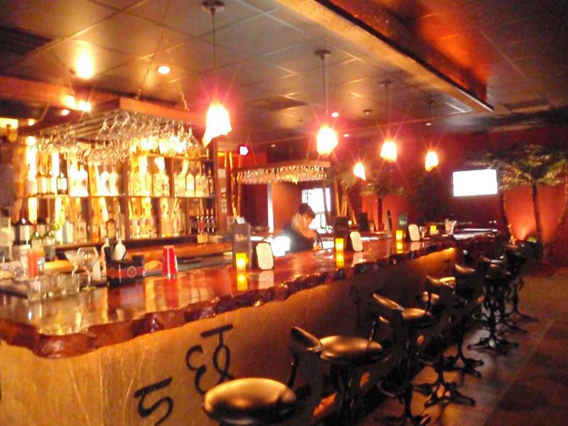 I love this bar!
