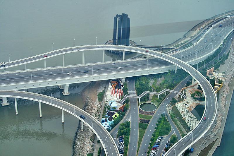 Gate of Understanding, Macau (and gateway to many ways)