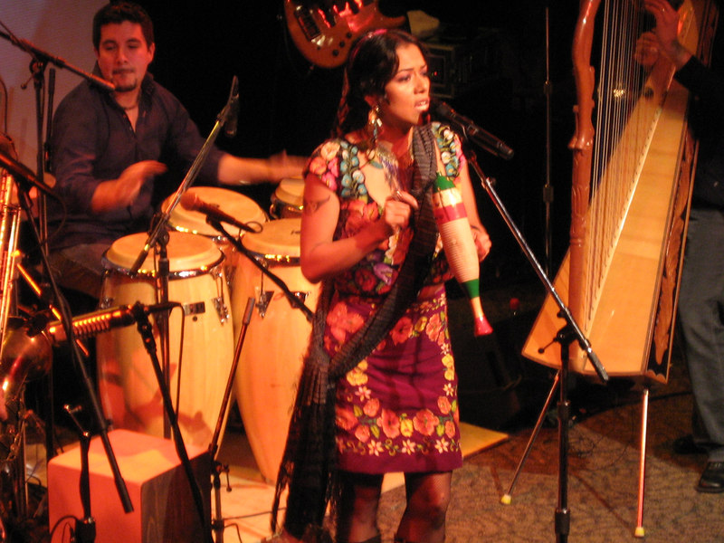 Lila Downs Seattle Mar 07 035.jpg