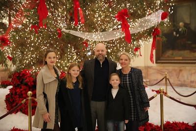 Sen. Albers: Christmas Tree Photos