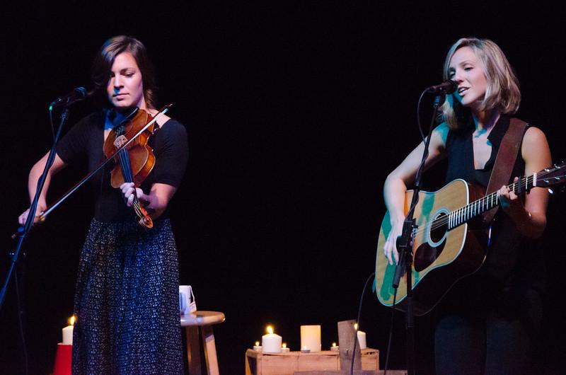 CA Hilary and Kate-2965.jpg