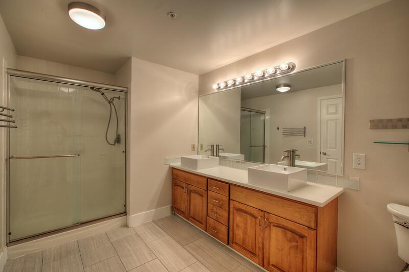 Master bathroom.jpg