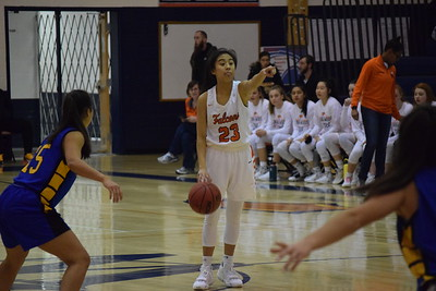 Girls Basketball: Briar Woods 41, R.E. Lee 37 by Owen Gotimer on January 3, 2020