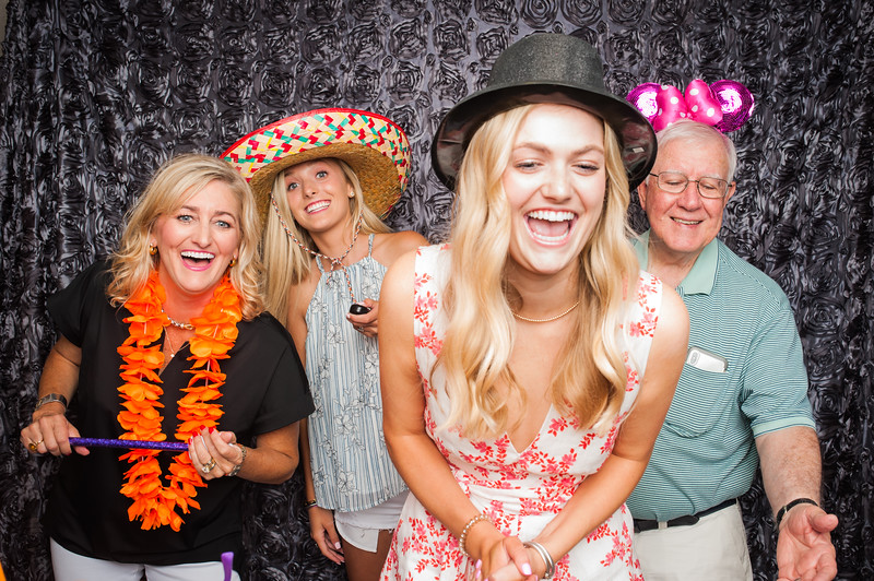 Hagan's Grad Party-16.jpg