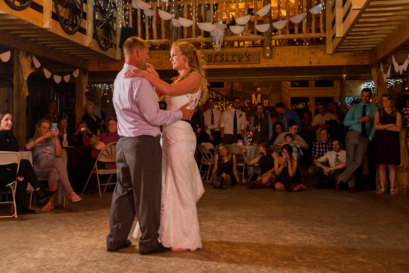 2017-05-19 - Weddings - Sara and Cale 3178.jpg