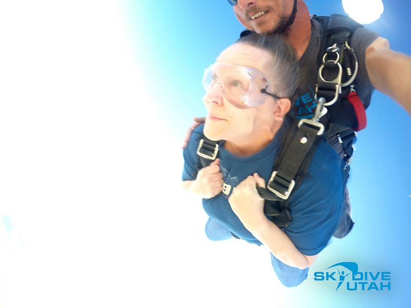 Lisa Ferguson at Skydive Utah - 25.jpg