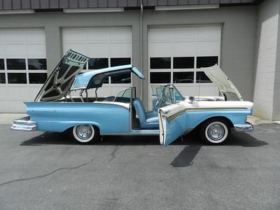 1957 Ford Farilane 500 Skyliner/Retractable Hardtop - For Sale