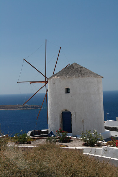 They used windmills to grind grain in the old days of Santorini