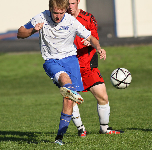 RCS-Varsity-Boys-Soccer-vs-Valley-Oct.13.2011-004.jpg