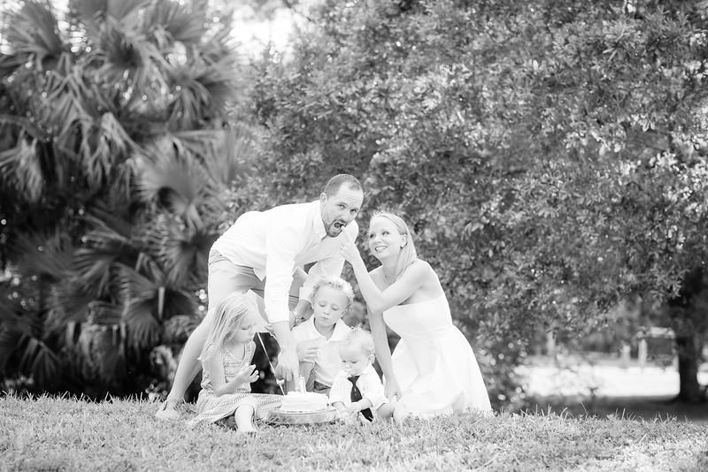 Murphy_Family Portraits_BW-74.jpg