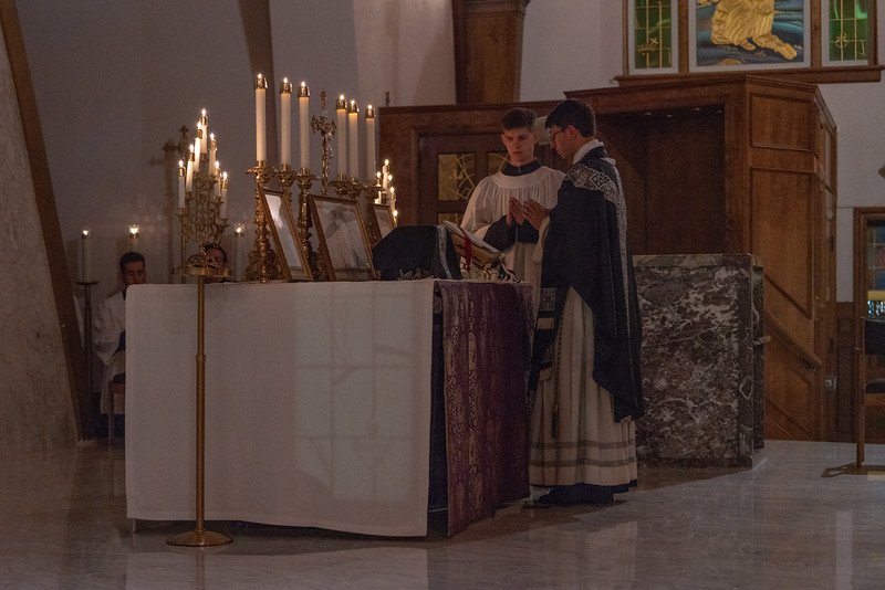 20191114_Requiem_Mass_NDNHP_027.jpg