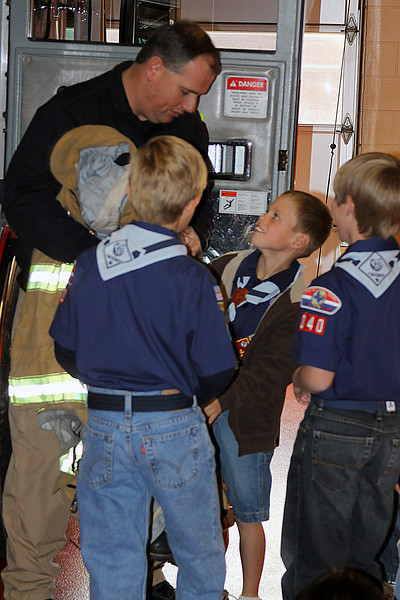 091203_Scouts_FireStation_0043.JPG