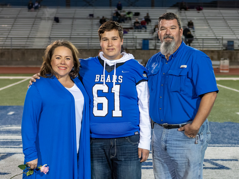 LV2019_SeniorNight-29.jpg