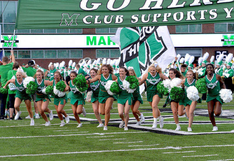 cheerleaders1767.jpg