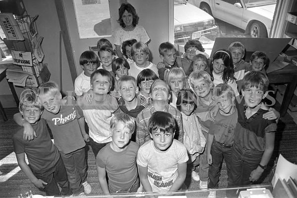 1987 Fairfield Third Graders Visit Sun Times