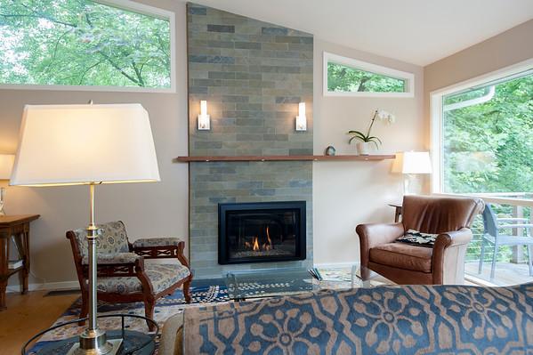 Hamilton Springs Ct Fireplace
