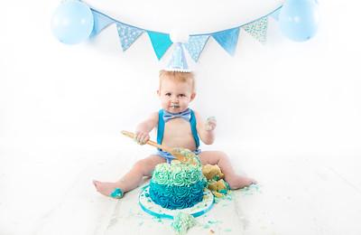 Braxton cake smash