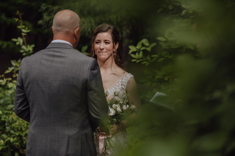 2018-05-12_ROEDER_JulieSeth_Wedding_DUSTIN1_0075.jpg