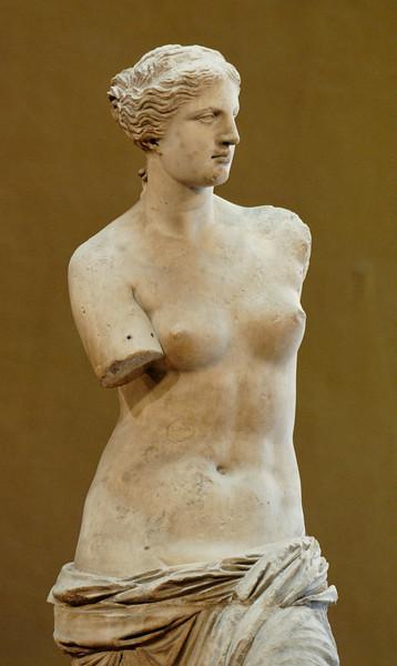 Venus_de_Milo_Louvre_Louvre.jpg