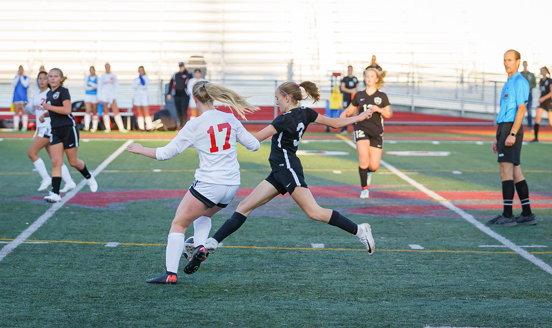 2019-10-01 JV Girls vs Snohomish 041.jpg